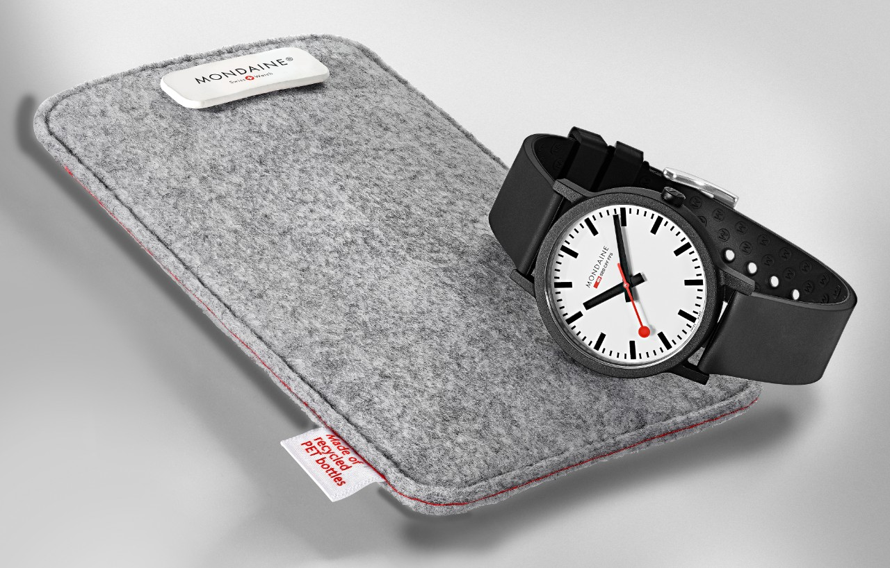 The official Swiss Railways watch  7fe35c2e9f