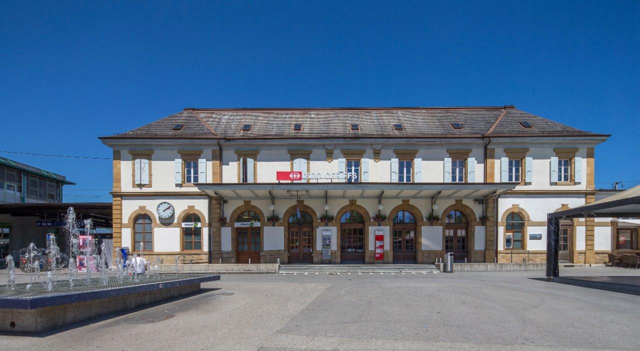 Bahnhof yverdon les bains u shopping und mehr sbb