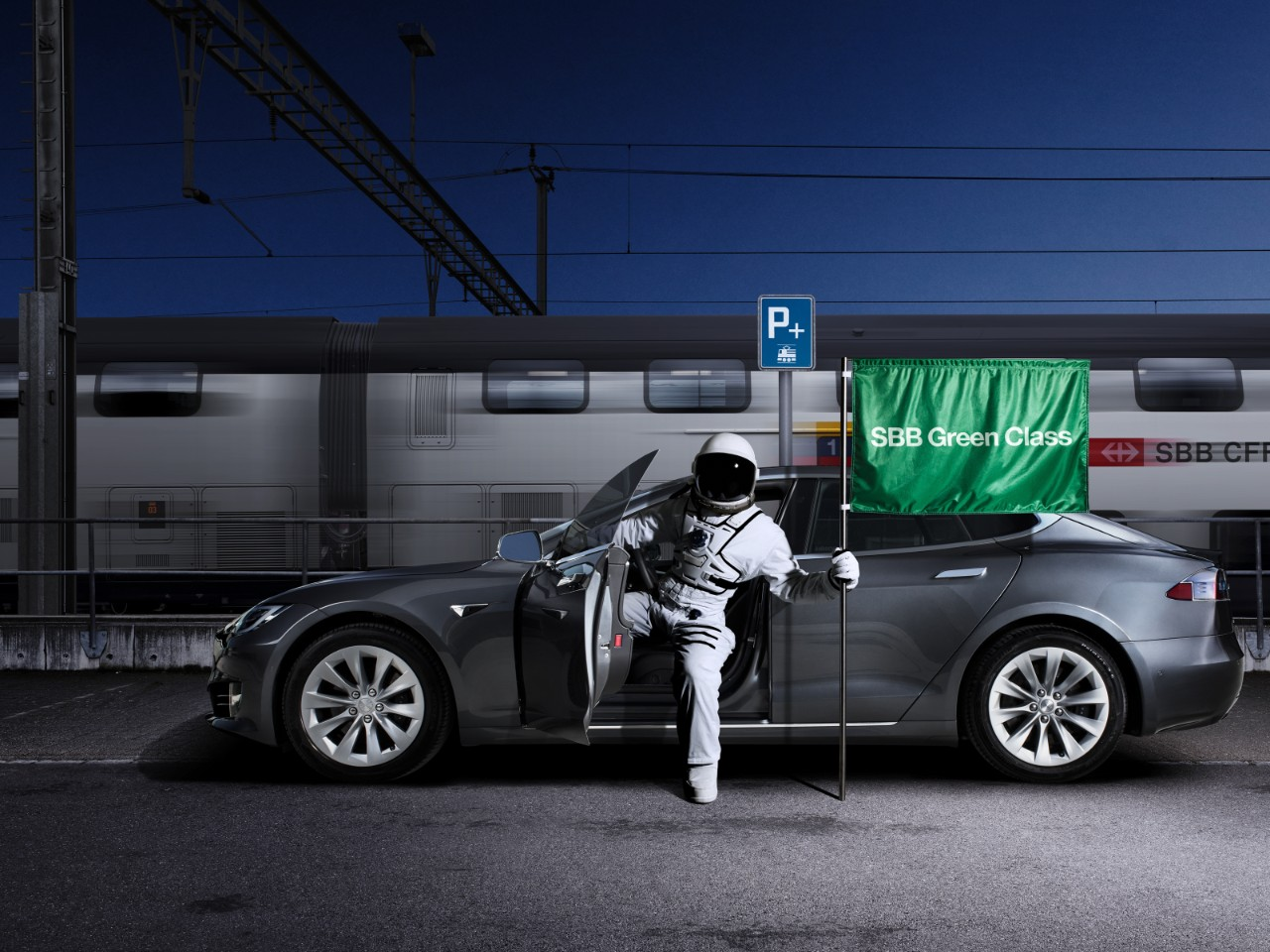 SBB Green Class Premium Tesla Model S