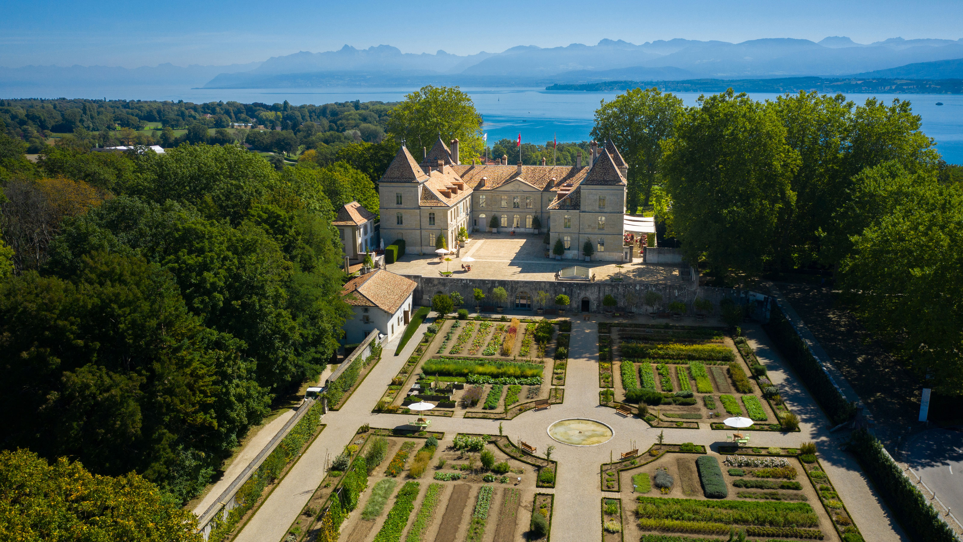 Prangins Castle | SBB