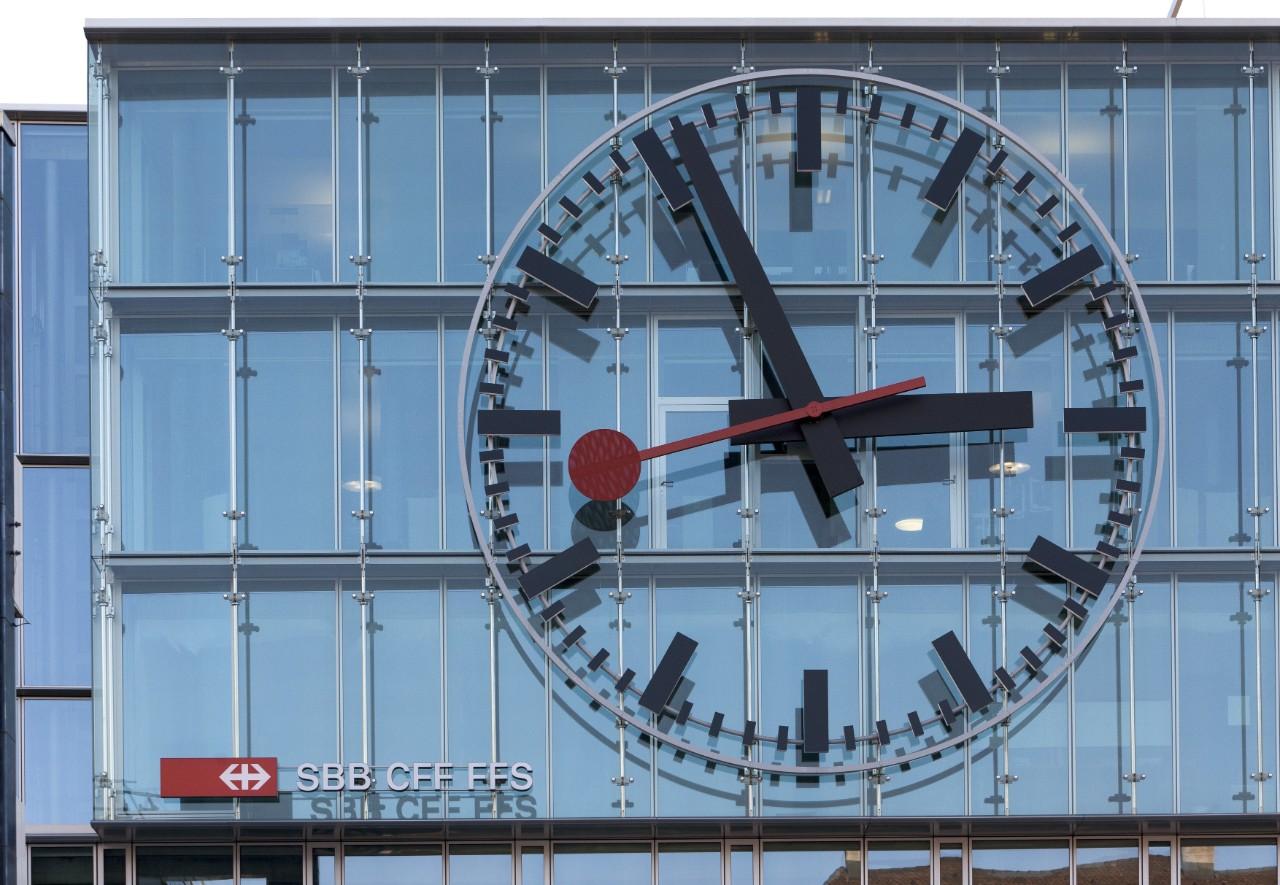 Horloge cff cff - Horloge bureau windows 8 ...